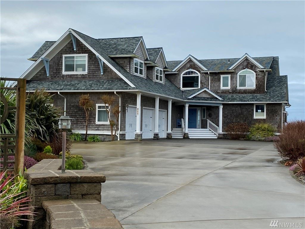Photo of 911 120th Place, Long Beach, WA 98631 (MLS # 1555437)