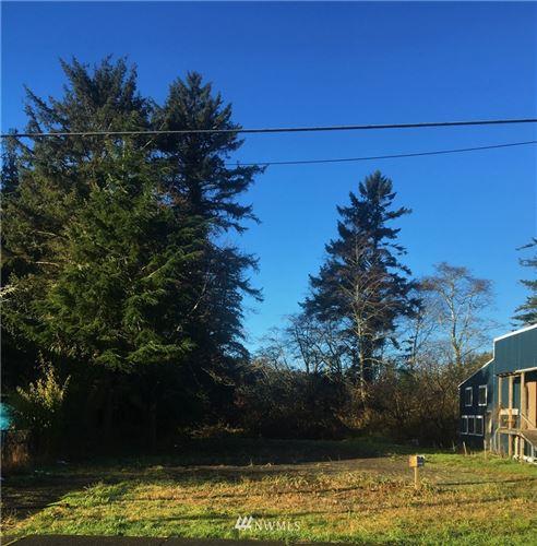 Photo of 207 2ND Avenue, Ilwaco, WA 98624 (MLS # 1693442)