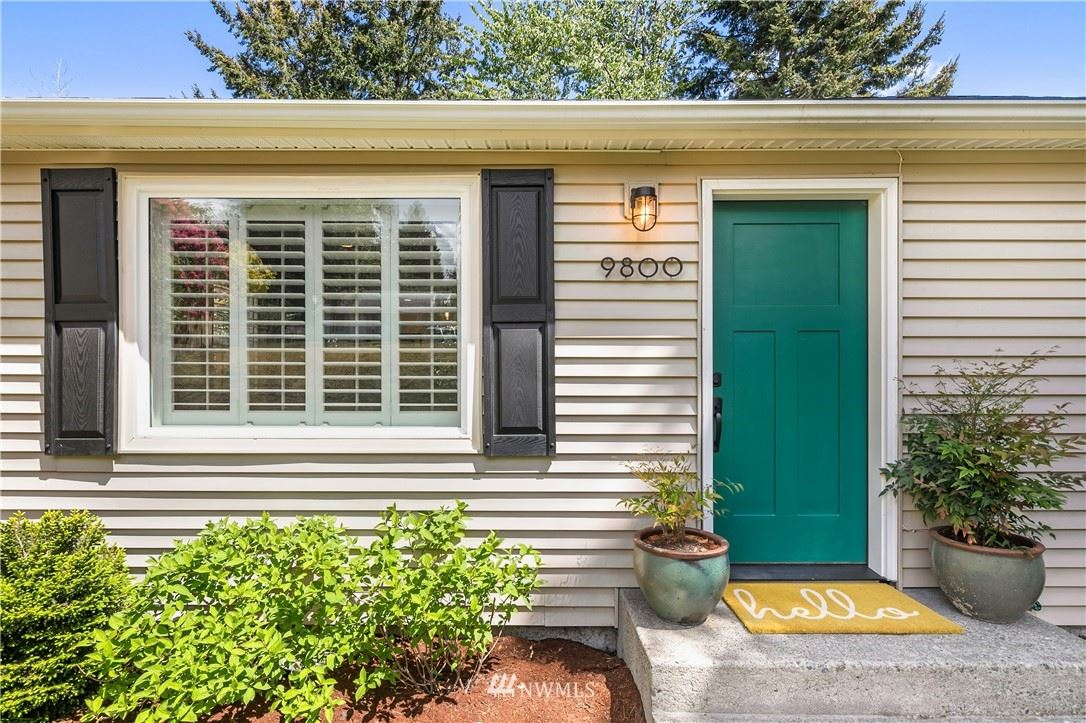 Photo of 9800 31st Avenue SW, Seattle, WA 98126 (MLS # 1772442)