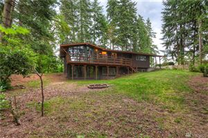 Photo of 16741 37th Ave NE, Lake Forest Park, WA 98155 (MLS # 1485443)
