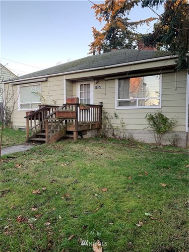 Photo of 10346 Ashworth Avenue N, Seattle, WA 98133 (MLS # 1694443)
