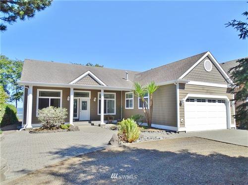 Photo of 678 Chinook Avenue SE, Ocean Shores, WA 98569 (MLS # 1811444)