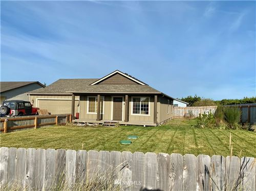 Photo of 901 324th Place, Ocean Park, WA 98640 (MLS # 1693445)