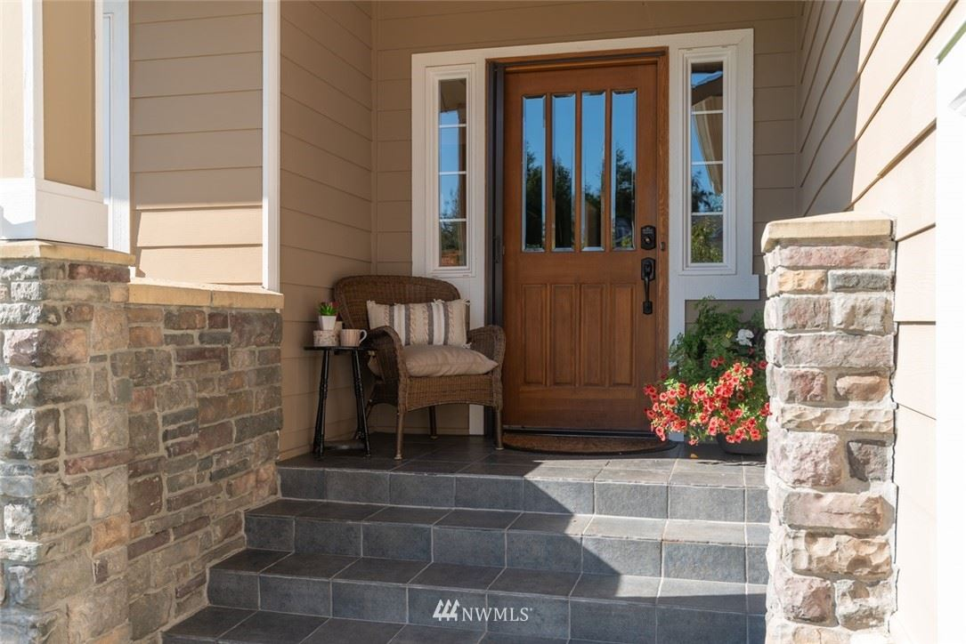 Photo of 1529 Alpine View Drive, Mount Vernon, WA 98274 (MLS # 1734445)