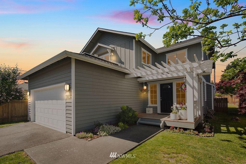 Photo of 10255 39th Avenue SW, Seattle, WA 98146 (MLS # 1774445)