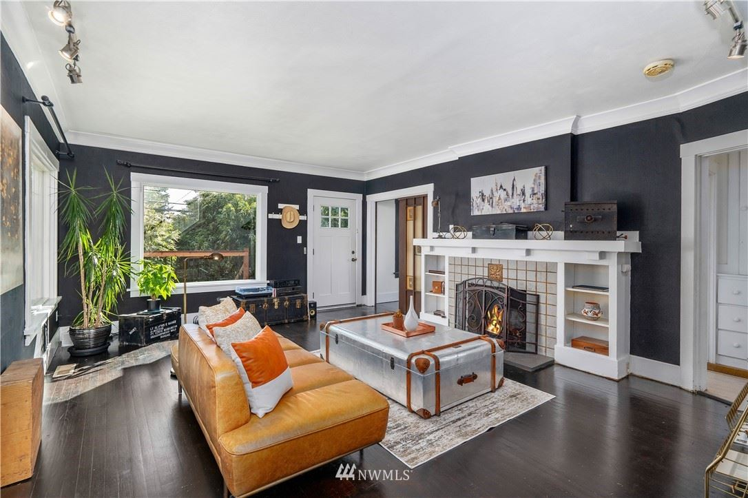 Photo of 4316 SW Hudson Street, Seattle, WA 98116 (MLS # 1783445)