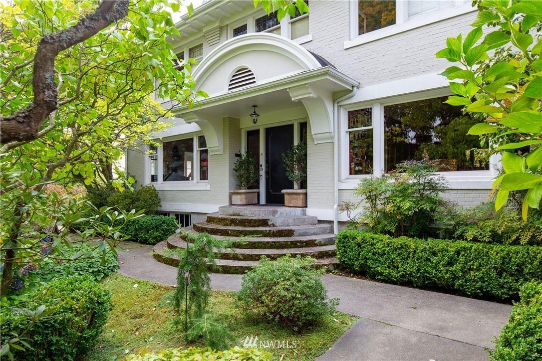 304 W Highland Drive, Seattle, WA 98119 - #: 1772448
