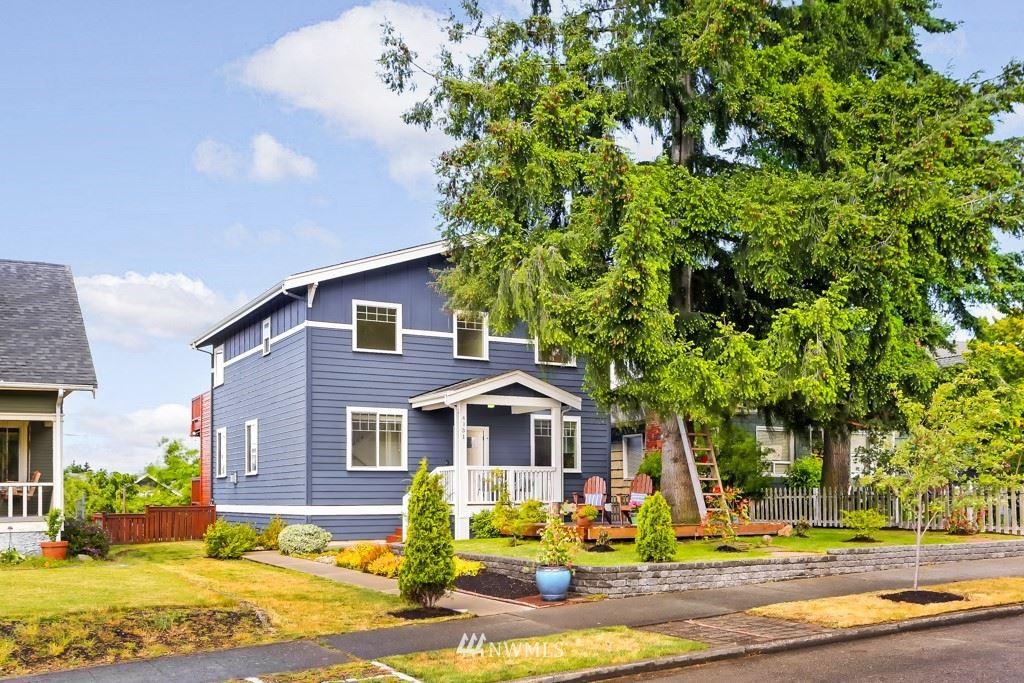Photo of 4131 44th Avenue SW, Seattle, WA 98116 (MLS # 1782448)