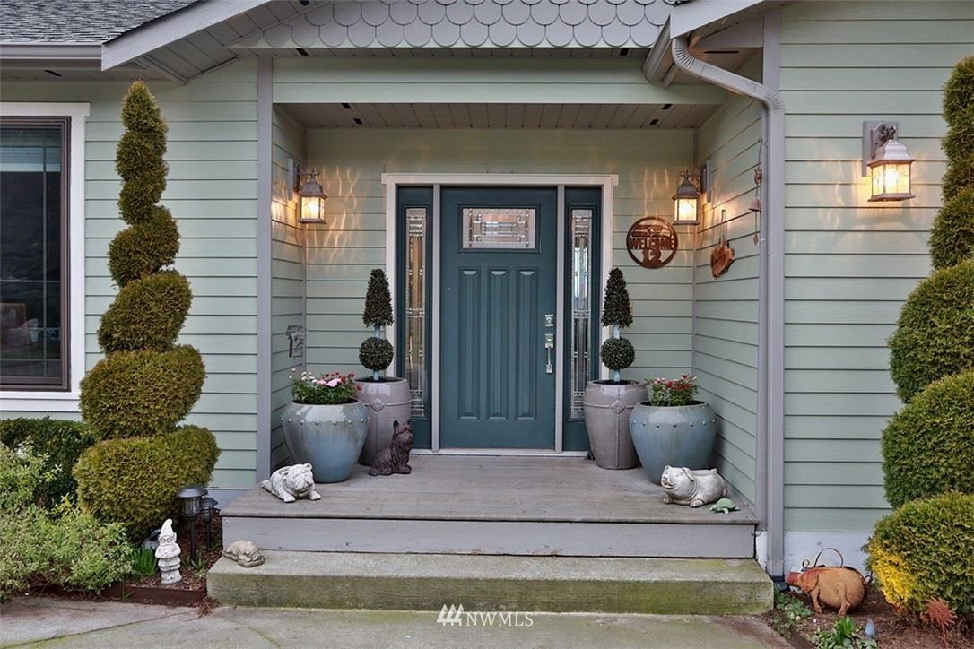 Photo of 4631 Tanner View Drive, Clinton, WA 98236 (MLS # 1734450)