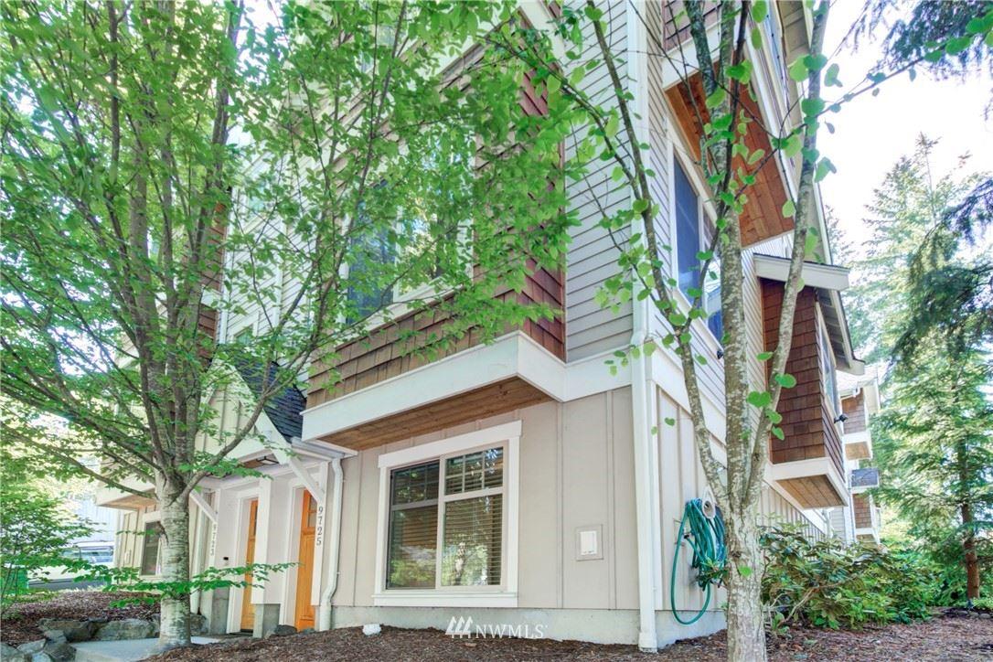 Photo of 9725 Roosevelt Way NE, Seattle, WA 98115 (MLS # 1785451)