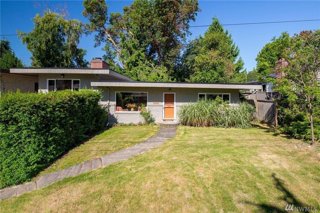 Photo of 11281 35th Avenue SW, Seattle, WA 98146 (MLS # 1631452)