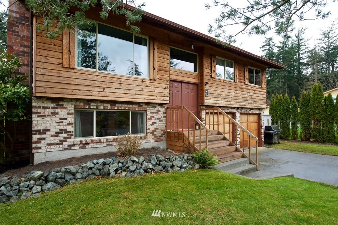 Photo of 2409 30th Street, Anacortes, WA 98221 (MLS # 1691453)