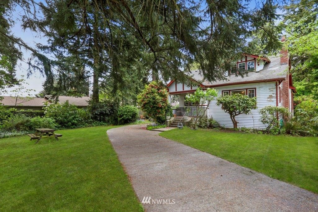 Photo of 1017 S 200th Street, Des Moines, WA 98198 (MLS # 1770454)