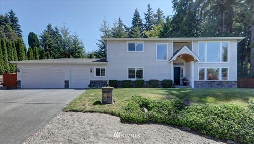 Photo of 18401 Homeview Dr, Edmonds, WA 98026 (MLS # 1540458)