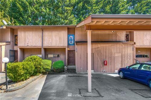 Photo of 4135 145th Avenue NE #E4, Bellevue, WA 98007 (MLS # 1643458)