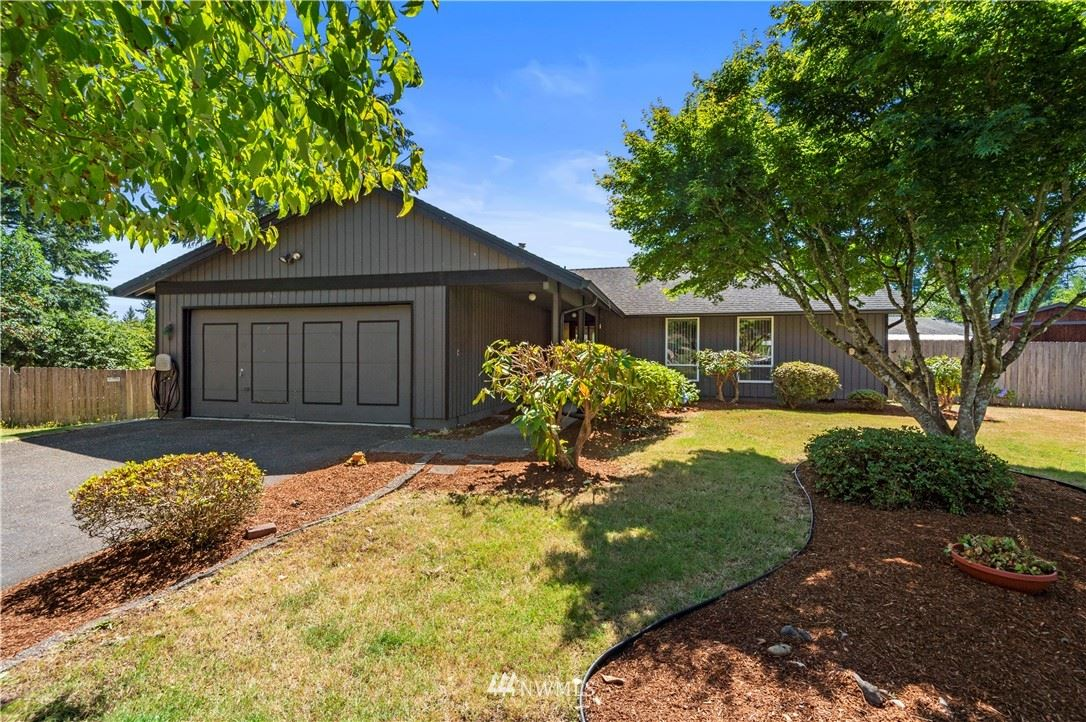 Photo of 3755 Westminster Drive SE, Port Orchard, WA 98366 (MLS # 1645458)