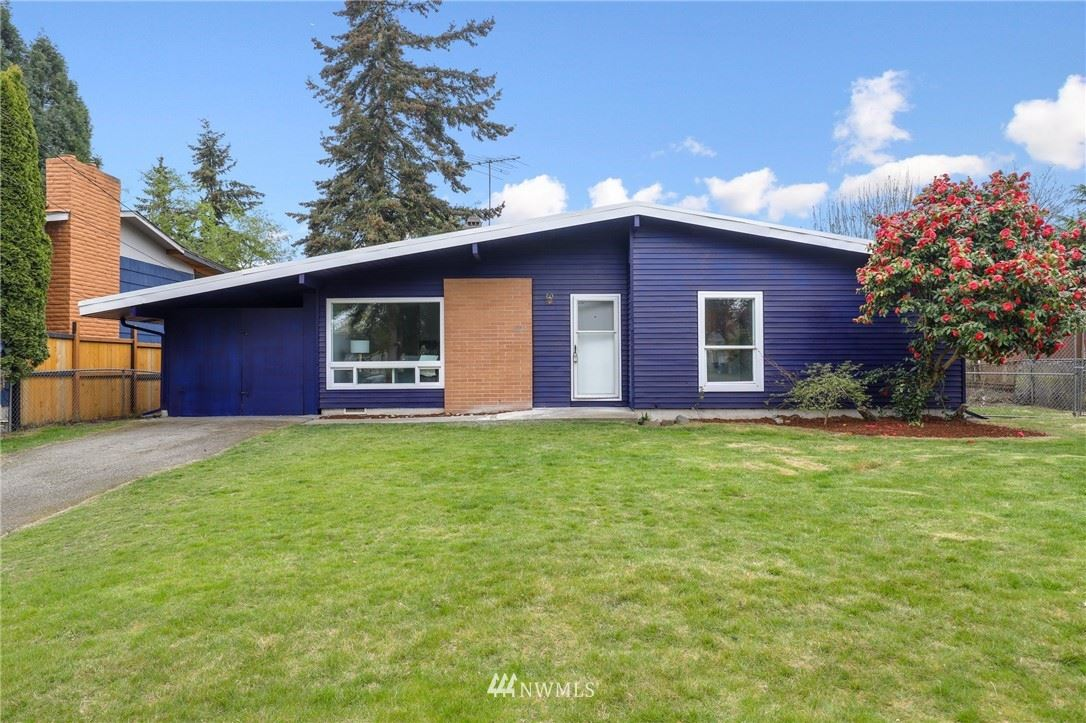 Photo of 1837 S 264th Place, Des Moines, WA 98198 (MLS # 1762458)