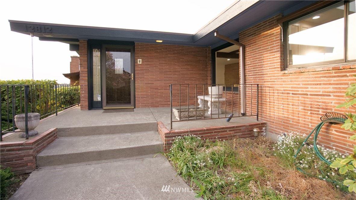 Photo of 12812 Shorewood Drive SW, Burien, WA 98146 (MLS # 1769459)