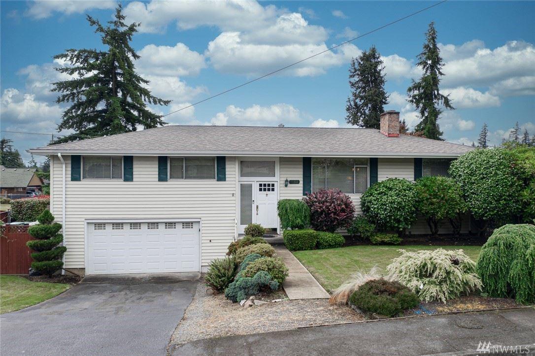 Photo of 19310 70th Avenue W, Lynnwood, WA 98036 (MLS # 1616460)