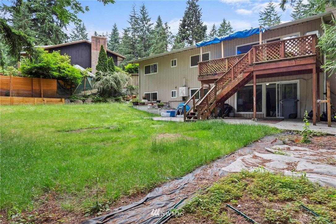Photo of 1420 151st Avenue SE, Bellevue, WA 98007 (MLS # 1793460)