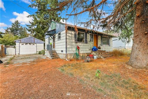 Photo of 1420 S 129th Street, Burien, WA 98168 (MLS # 1665461)