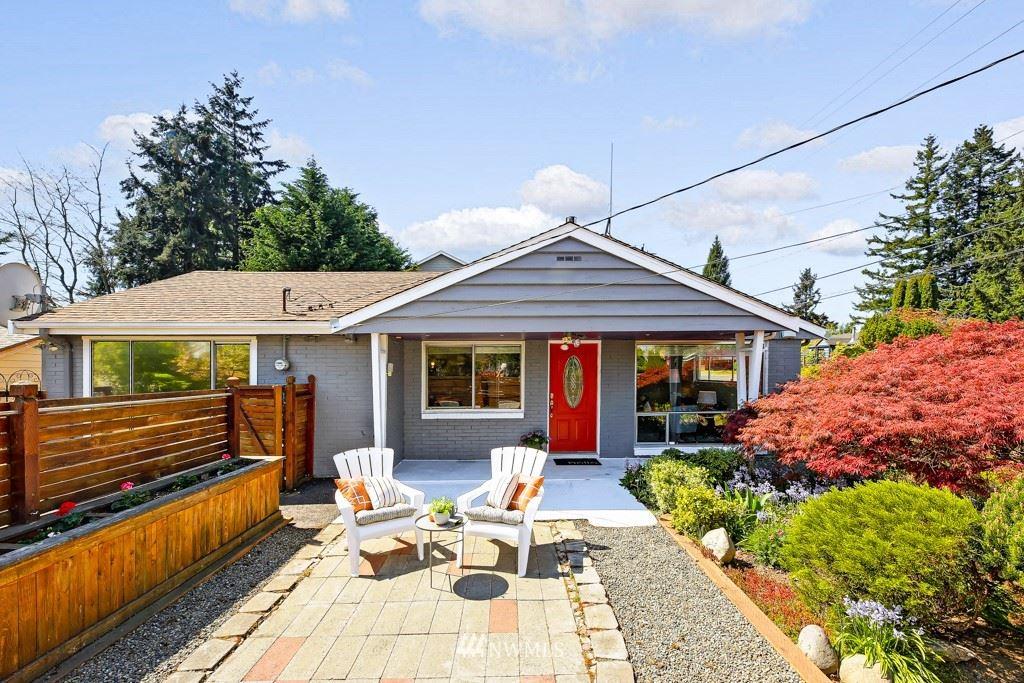 Photo of 14903 14th Avenue SW, Seattle, WA 98166 (MLS # 1760462)