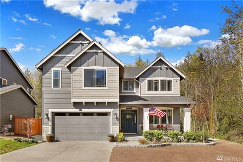 Photo of 945 Clearwater Ct, Mount Vernon, WA 98273 (MLS # 1590463)