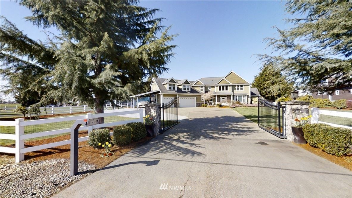 Photo of 38309 244th Avenue SE, Enumclaw, WA 98022 (MLS # 1751463)