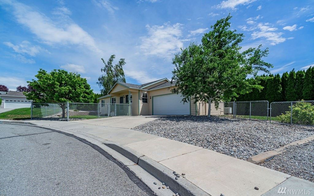 617 S Lincoln Place, East Wenatchee, WA 98802 - MLS#: 1605464