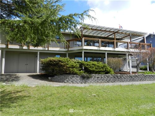 Photo of 275 Camaloch Drive, Camano Island, WA 98282 (MLS # 1755465)