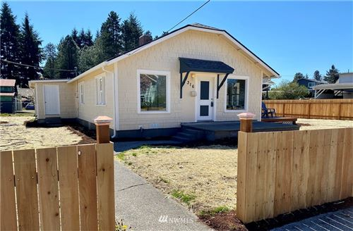 Photo of 316 Jackson Street, Centralia, WA 98531 (MLS # 1759467)