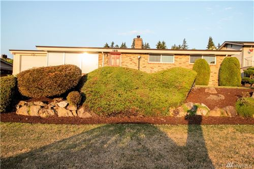 Photo of 122 Capri Ave NE, Renton, WA 98056 (MLS # 1639468)