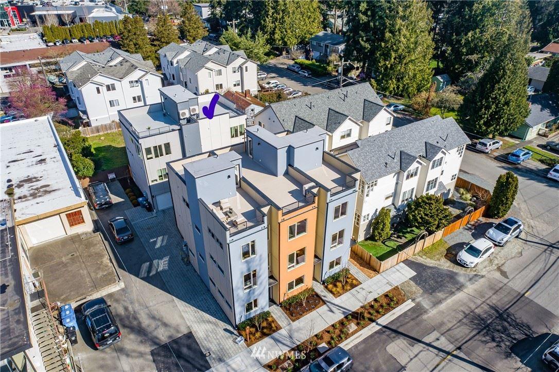 Photo of 2726 NE 115th Street, Seattle, WA 98125 (MLS # 1734469)