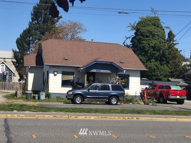 Photo of 125 E Rio Vista Avenue, Burlington, WA 98233 (MLS # 1762469)