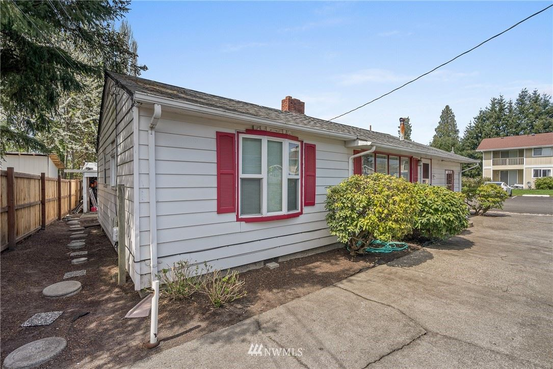 Photo of 727 S Gold Street #A B, Centralia, WA 98531 (MLS # 1761473)