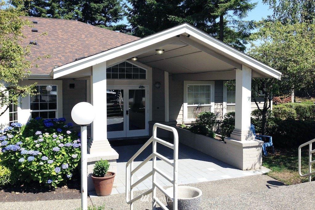 Photo of 215 100th Street SW #B202, Everett, WA 98204 (MLS # 1791473)