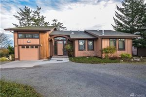 Photo of 1242 Eagle Crest Lane, Oak Harbor, WA 98277 (MLS # 1394474)