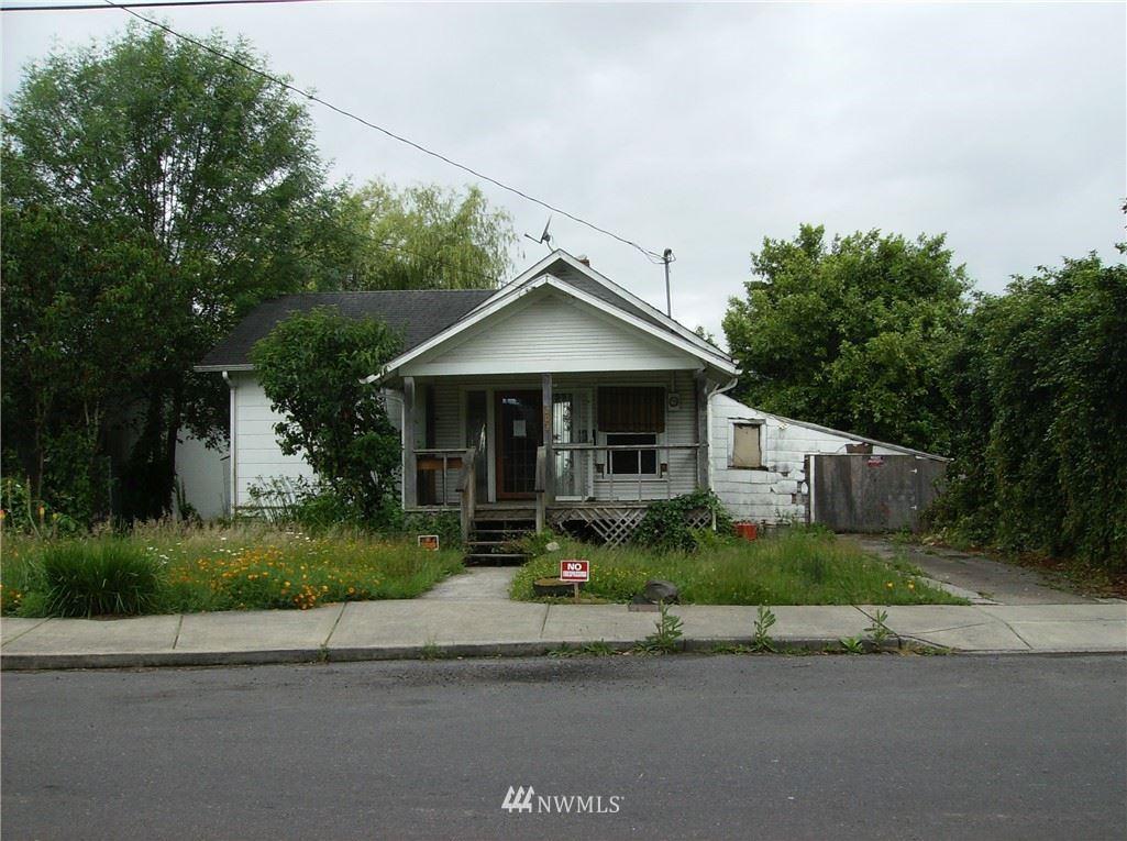 203 SE Roake Avenue, Castle Rock, WA 98611 - #: 1789476