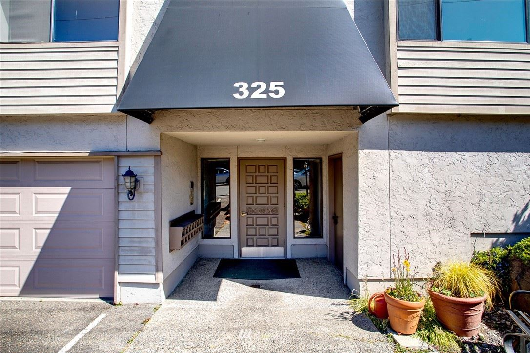 Photo of 325 Walnut Street #202, Edmonds, WA 98020 (MLS # 1775477)