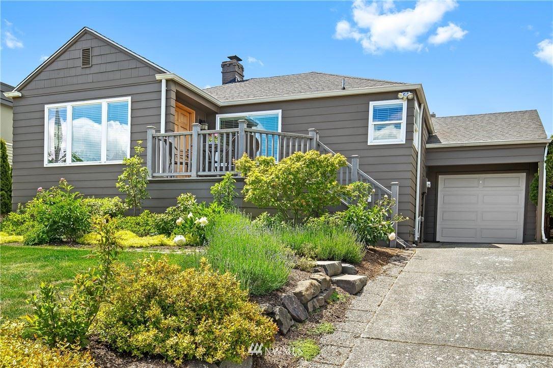 Photo of 6505 53rd Avenue NE, Seattle, WA 98115 (MLS # 1777479)