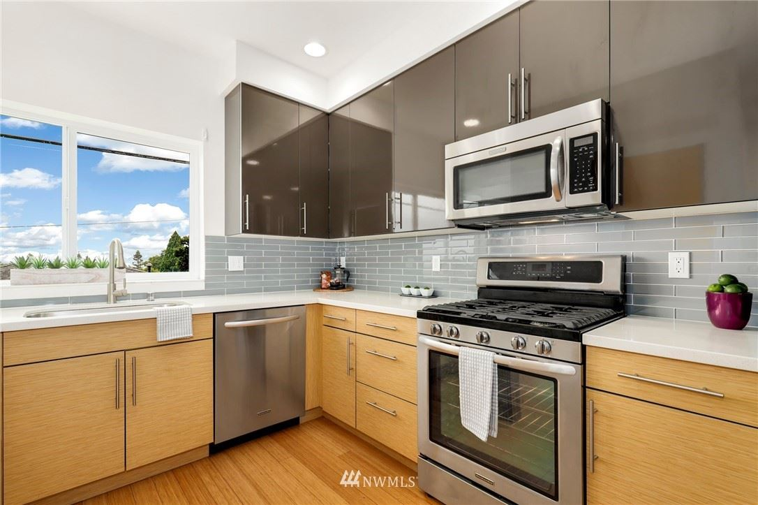 Photo of 5947 California Avenue SW #B, Seattle, WA 98136 (MLS # 1790479)