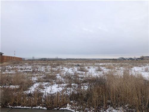Photo of 76 Parkside Loop, Ephrata, WA 98823 (MLS # 1717483)