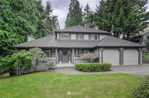 Photo of 18419 NE 15th Place, Bellevue, WA 98008 (MLS # 1669485)