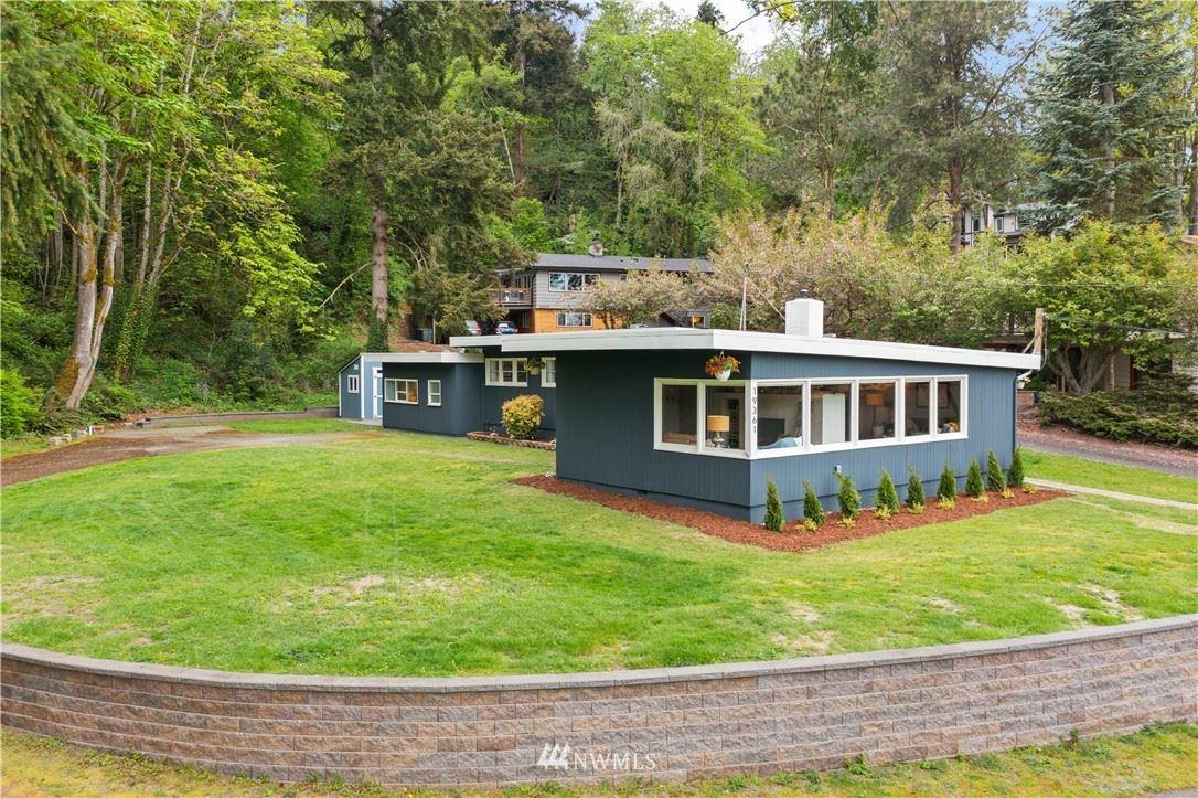 Photo of 19361 53rd Avenue NE, Lake Forest Park, WA 98155 (MLS # 1785485)