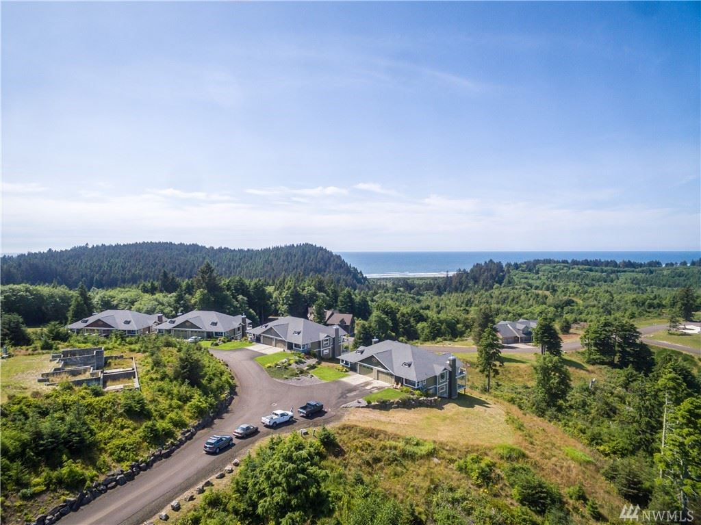 Photo of 3250 Overlook Lp, Ilwaco, WA 98624 (MLS # 1529487)