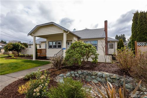 Photo of 1030 Fairhaven Ave, Burlington, WA 98233 (MLS # 1585493)