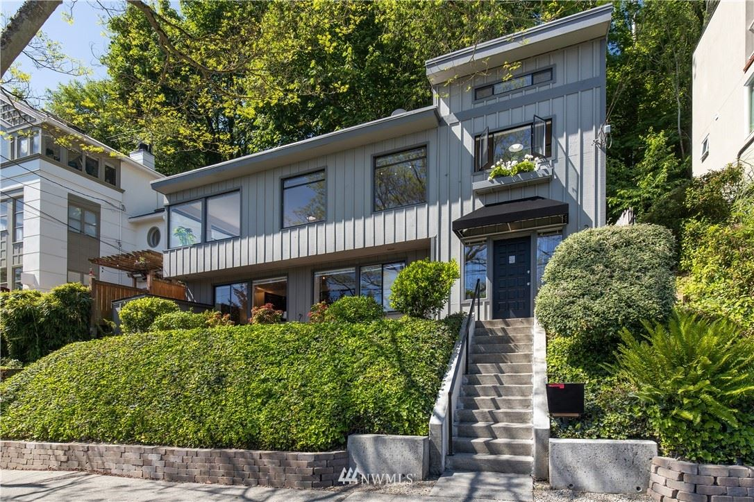 Photo of 2525 Boyer Avenue E, Seattle, WA 98102 (MLS # 1785493)