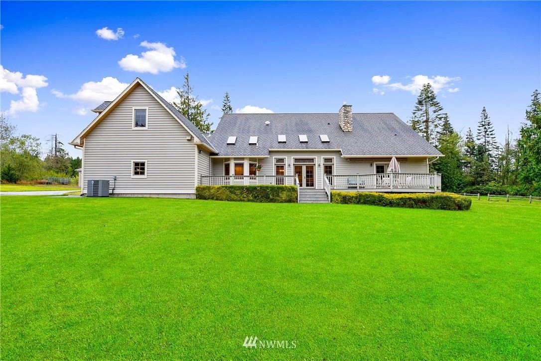 Photo of 16769 Bow Hill Road, Bow, WA 98232 (MLS # 1668495)