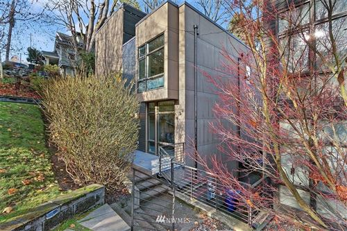 Photo of 304 W Raye Street, Seattle, WA 98119 (MLS # 1695496)