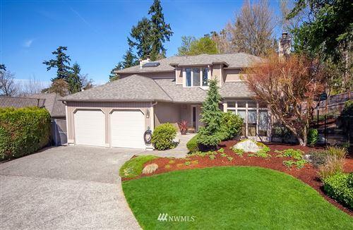 Photo of 13330 SE 55th Place, Bellevue, WA 98006 (MLS # 1785498)